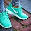Как выбрать женские кроссовки на лето