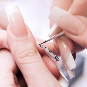 Как нарисовать цветы на ногтях